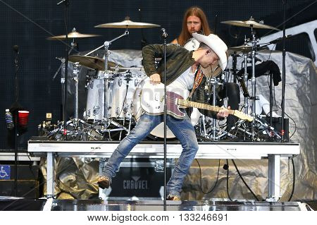 NEW YORK-JUN 27: Country musician Justin Moore performs onstage at the 2015 FarmBorough Festival - Day 2 at Randall's Island on June 27, 2015 in New York City.