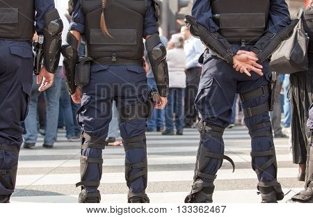 Police officers on duty. Counter-terrorism. State of emergency.