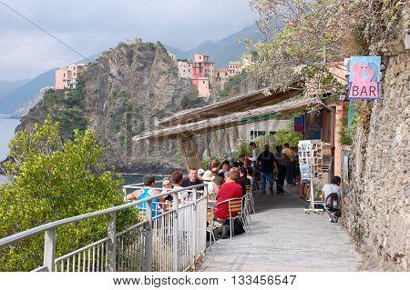 Cinque Terre Italy - September 19 2010: Walking trail from Riomaggiore to Manarola called the Via Dell'Amore