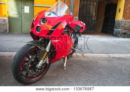 Red Super Bike Ducati 749S