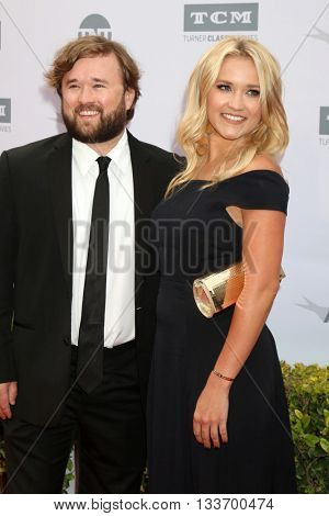 LOS ANGELES - JUN 9:  Haley Joel Osment, Emily Osment at the American Film Institute 44th Life Achievement Award Gala Tribute to John Williams at the Dolby Theater on June 9, 2016 in Los Angeles, CA