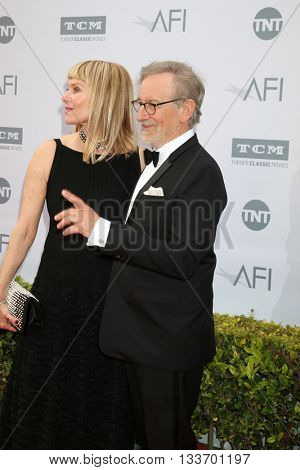 LOS ANGELES - JUN 9:  Kate Capshaw, Steven Spielberg at the American Film Institute 44th Life Achievement Award Gala Tribute to John Williams at the Dolby Theater on June 9, 2016 in Los Angeles, CA