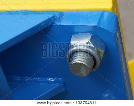 Connection of the painted metallic parts into a single structure with bolt nut and welding.