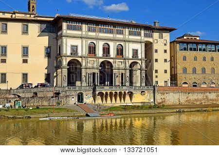 embankment of the Arno River near the Ponte Vecchio and Uffizi Gallery, Florence, Italy