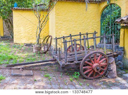 SUCHITOTO EL SALVADOR - MAY 07 : Old wagon in the street of Suchitoto El Salvador on May 07 2016. the colonial town of Suchitoto built by the Spaniards in the 18th century