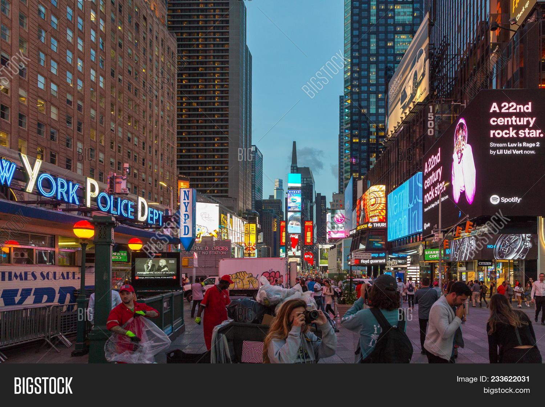 e6ca5202b0ce New York