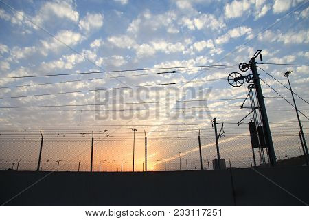 Train Station Electric Supply Metal Pole With Electric Wires