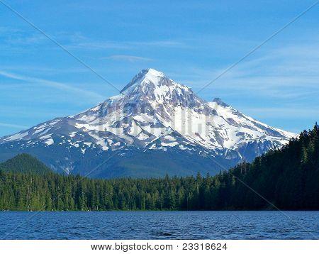 Mount Hood, Lost Lake