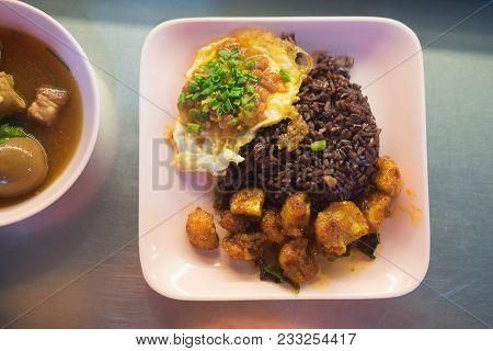 Thai Food Eating With Ricebury (helthy Food)