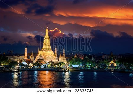 Wat Arun Is Icon Of Temple In Bangkok And Thailand, The Good Place For See Sunset And Travel In Bang