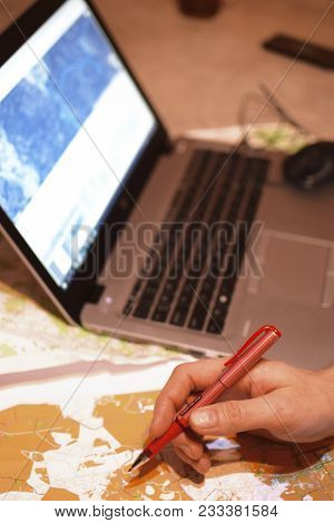 Man Analysis And Plan Route For Orienteering And Rogaine Sport Competition With Map And Graphs In La