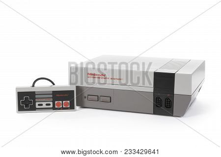 Taipei, Taiwan - February 19, 2018: A Studio Shot Of A Nintendo Entertainment System With Controller