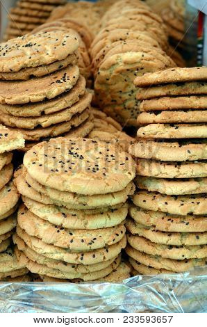 Traditional Chinese Sesame Biscuit