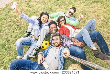 Multiracial Best Friends Taking Selfie At Meadow Picnic - Happy Friendship Fun Concept With Young Pe