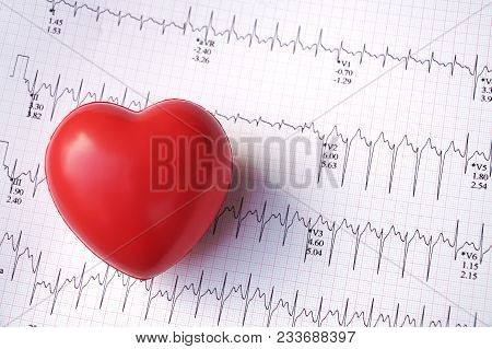 Heart Pulse Graphic Curve Line With Red Heart.heart Rate Infographic Diagram From Electrocardiogram