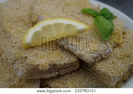 Rosefish / Snapper Fish Filet Finest Spiced With Seasalt Pepper Curry And Breaded In Moisture Cream