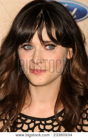 LOS ANGELES - SEP 12:  Zooey Deschanel arriving at the 7th Annual Fox Fall Eco-Casino Party at The Bookbindery on September 12, 2011 in Culver City, CA