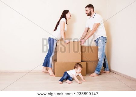 Happy Family Packing Boxes, Moving House Day