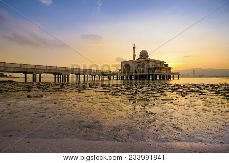 An Evening View During Sunset At The Floating Mosque,penang Port, Seberang Perai, Malaysia.