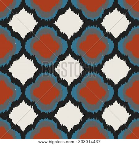 A Seamless Vector Abstract Vector Pattern With Quatrefoils In Contasting Bold Colors. Decorative Sur