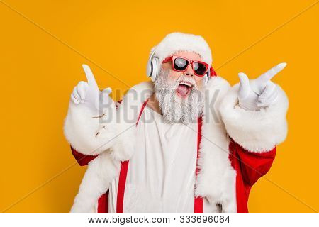 Nightclub Invite On Christmas Party Celebration Funky Crazy Santa Claus Dj In White Headset Sing Son