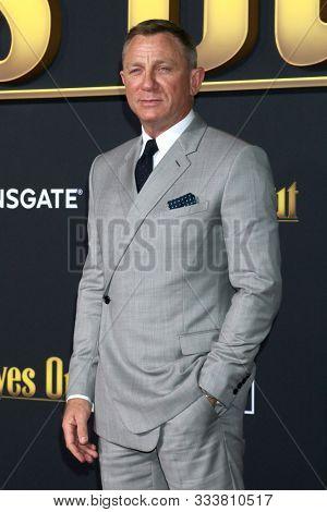 LOS ANGELES - NOV 14:  Daniel Craig at the