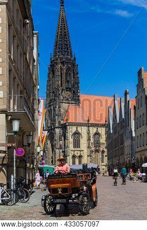 Munster, Germany North Rhine-westphalia August 15, 2021 Historical Center Of City. St Lambert's Chur