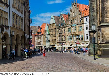 Munster, Germany North Rhine-westphalia August 15, 2021 Prinzipalmarkt Is Historic Street With Build