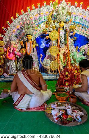 Howrah, West Bengal, India - 24th October 2020 : Goddess Durga Is Being Worshipped By Hindu Priests.