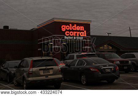 Tyler, Tx - December 28, 2018: Golden Corral Buffet And Grill Restaurant On Cloudy Winter Evening, L
