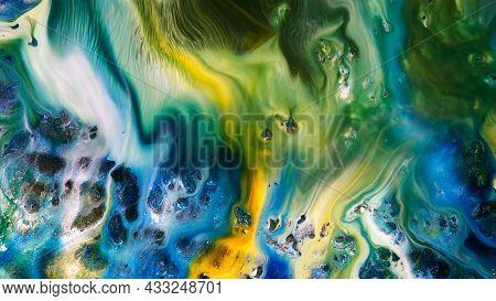 Fluide Liquide Art Acrylic Oil Paints Texture. Backdrop Abstract Mixing Paint Effect. Liquid Colored