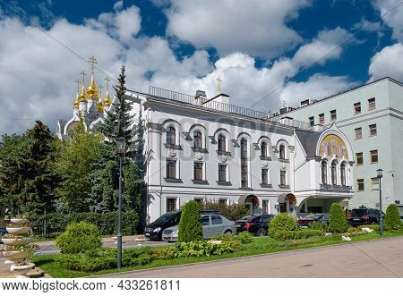 Landmark, Patriarchal Metochion Of The Holy Trinity Serafimo-diveyevsky Womens Monastery And Church