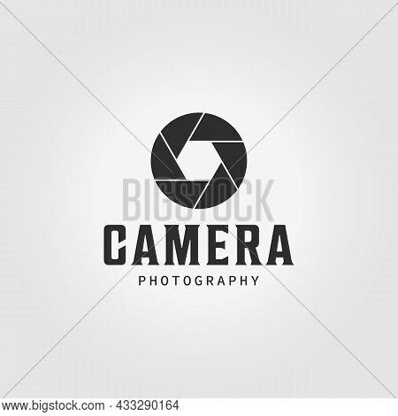 Shutter Camera Logo Vintage Icon Vector Illustration Design