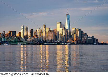 New York, Ny - Usa - Sept. 4, 2021: Landscape Image Of The Skyline Of Lower Manhattan At Sunrise, Wi