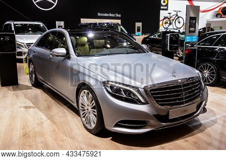 Mercedes Benz S 500 E Plug-in Hybrid Car At The Brussels Expo Autosalon Motor Show. Belgium - Januar