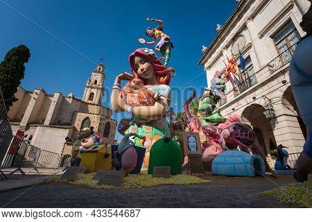 Gandia, Spain - 3 September 2021: 'ninot' Female Figurine , Large Paper Mache Statues, Holding A Roe
