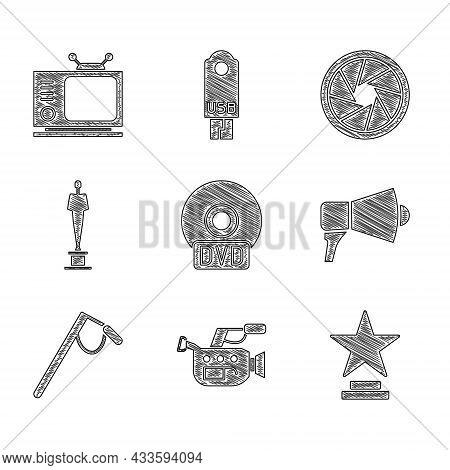Set Cd Or Dvd Disk, Cinema Camera, Movie Trophy, Megaphone, Microphone, Camera Shutter And Retro Tv