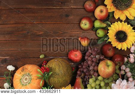 Happy Thanksgiving Concept, Postcard. Autumn Background With Seasonal Pears, Pumpkins, Apples And Fl