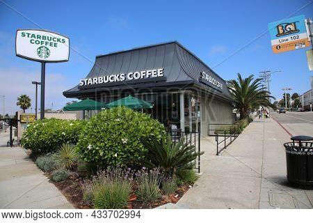 September 16, 2021 Redondo Beach California: Starbucks Coffee Shop in Redondo Beach California. Starbucks serves Coffee, Drinks and Food World Wide. People Love Starbucks Coffee.
