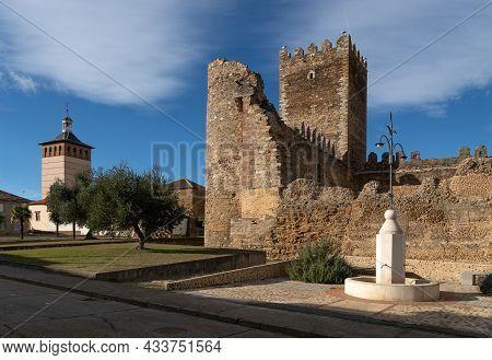 Medieval Castle Of Of Nagula De Negrillos At Sunset, León, Castilla Y León, Spain.