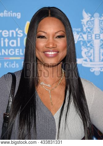 LOS ANGELES - SEP 21: Garcelle Beauvais arrives for the 16th Annual Christmas in September Benefit on September 21, 2021 in West Hollywood, CA