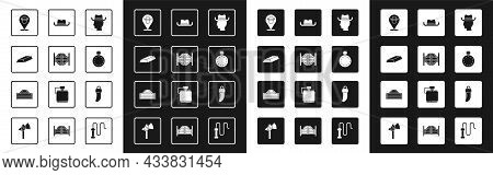 Set Cowboy, Saloon Door, Gold Bars, Location Cowboy, Canteen Water Bottle, Western Hat, Tooth And Ic