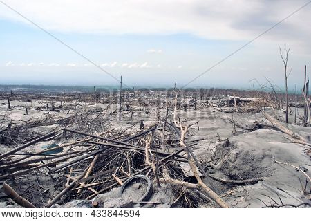 The Eruption Of Mount Merapi In Yogyakarta In 2010 Caused A Lot Of Damage To Houses And Vehicles