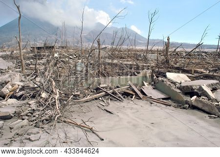 The Eruption Of Mount Merapi In Yogyakarta In 2010 Caused A Lot Of Damage To Houses And Vehicles.