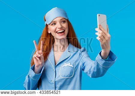 Cute Outgoing Redhead Female Want Followers Check Out Her New Nightwear, Extend Hand With Smartphone