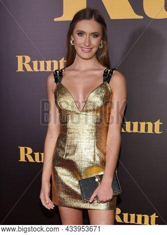 LOS ANGELES - SEP 01: Nicole Elizabeth Berger arrives for the 'Runt' Los Angeles Premiere on September 22, 2021 in Hollywood, CA