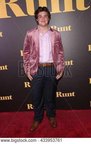 LOS ANGELES - SEP 01: Max Donovan arrives for the 'Runt' Los Angeles Premiere on September 22, 2021 in Hollywood, CA