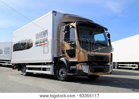 Volvo FL512 Delivery Truck