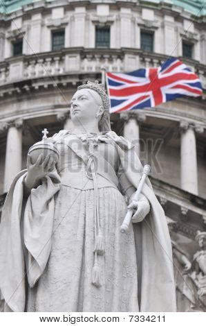 Queen Victoria Statue With Union Flag Behind