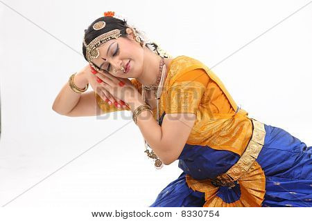 dance expression done by woman